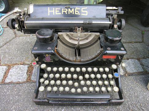 TypewriterHermes jammed